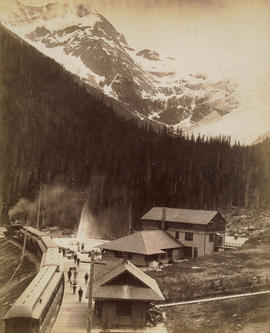 Glacier Hotel, Selkirk Mountains