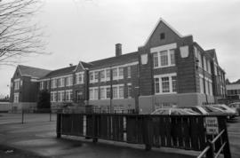 1166 West 14th Avenue (L'ecole Bilingue Elementary School)
