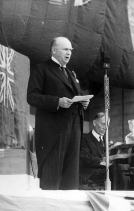 R.B. Bennett speaking in Vancouver