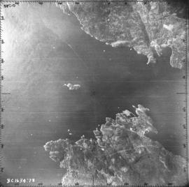 [Aerial view of portion of Bowen Island, Langdale and Keats Island]