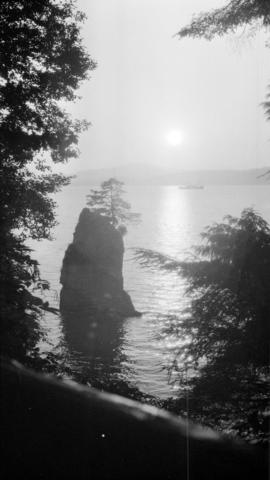 [Siwash Rock at Stanley Park]