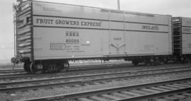Fruit [Growers] Express [Box]car [#RBNX 80055 Insulated]