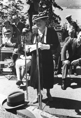 "[Mrs. J.N. Menzies speaking at the unveiling of the walking beam of the S.S. ""Beaver"" a..."