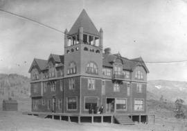 [Exterior of the Fairview Hotel]