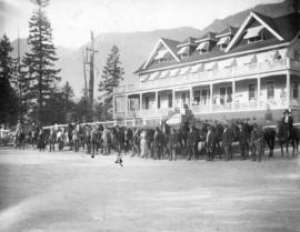 [Equestrians in front of the Canyon View Hotel at Capilano Canyon]
