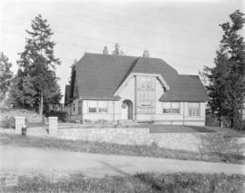 [Photograph of  house at 2784 W. 49th Ave ., Vancouver B.C.]