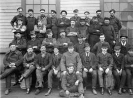 [Portrait of a group of unidentified workers]