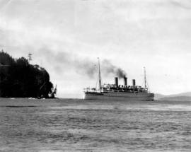 "[C.P.R. steamer ""Empress of Canada"" passing by Propsect Point Lighthouse and Signal Sta..."