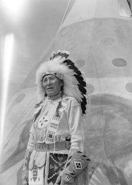 [Portrait of] Chief Bears Paw-Stoney Tribe