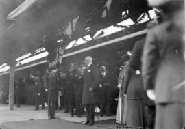 [The Duke and Duchess of Connaught arrive at C.P.R. Station]