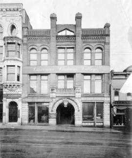 [Exterior of Vancouver Business College Ltd. - 147 W. Hastings Street]