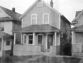 "View of ""old"" (ca 1909?) one storey house at 2141 Pandora Street"