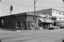 902-916 Commercial Drive