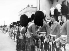 [Seaforth Highlanders at C.P.R. Station for visit of King George VI and Queen Elizabeth]
