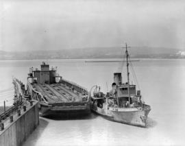 Port Mann C.N.R. [barge and tugboat]