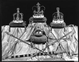 [Replicas of the Crown Jewels on display at David Spencer Store for the Golden Jubilee of Vancouver]