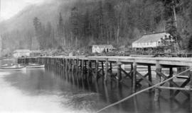 North Pacific Cannery [showing] China house in new position and houses [under] construction on ne...