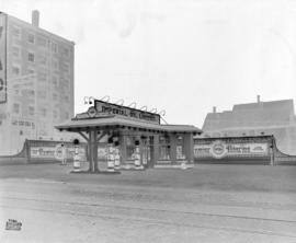 [Photograph of Imperial Oil gas station : job no. 226]